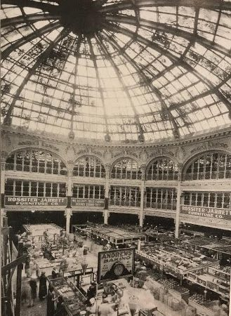 The Arcade building being constructed